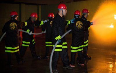Aprendendo a combater incêndios